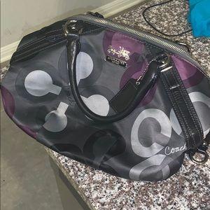 Cute Coach bag! 💜🖤💜